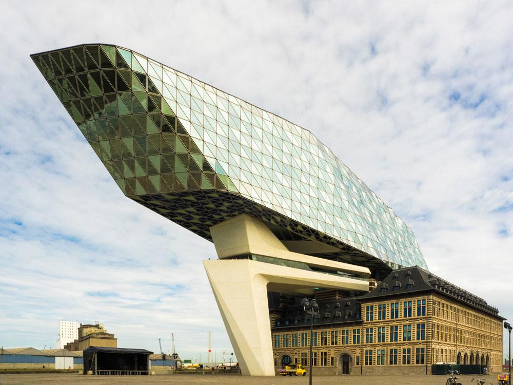 Hafenhaus, Antwerpen. Zaha Hadid Architects